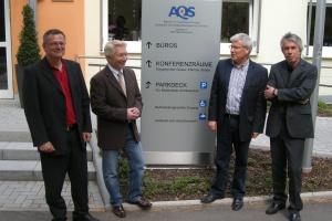 Dr. Thomas Wetzstein, Gerhard Zupp, Fritz Rudolf Körper und Klaus Süssmann vor der AQS