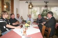 Neue Mitglieder im Gespräch mit Fritz Rudolf Körper, Hans-Dirk Nies und Hans-Otto Thomas.
